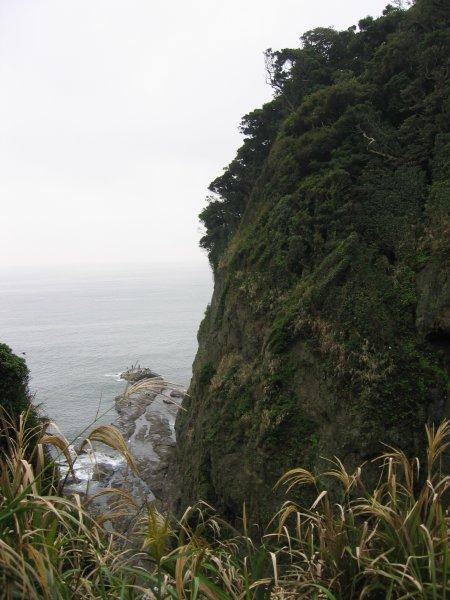 Enoshima - cliff